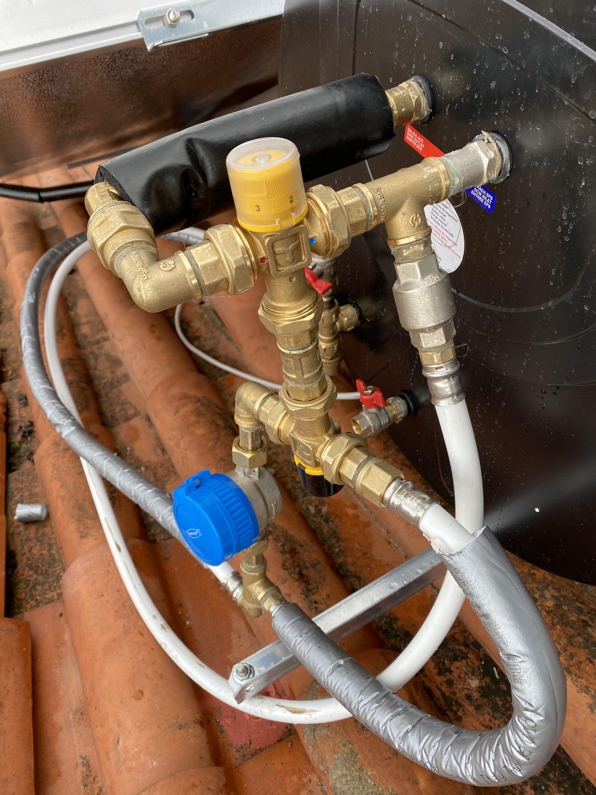collegamento acqua su pannelli Solari