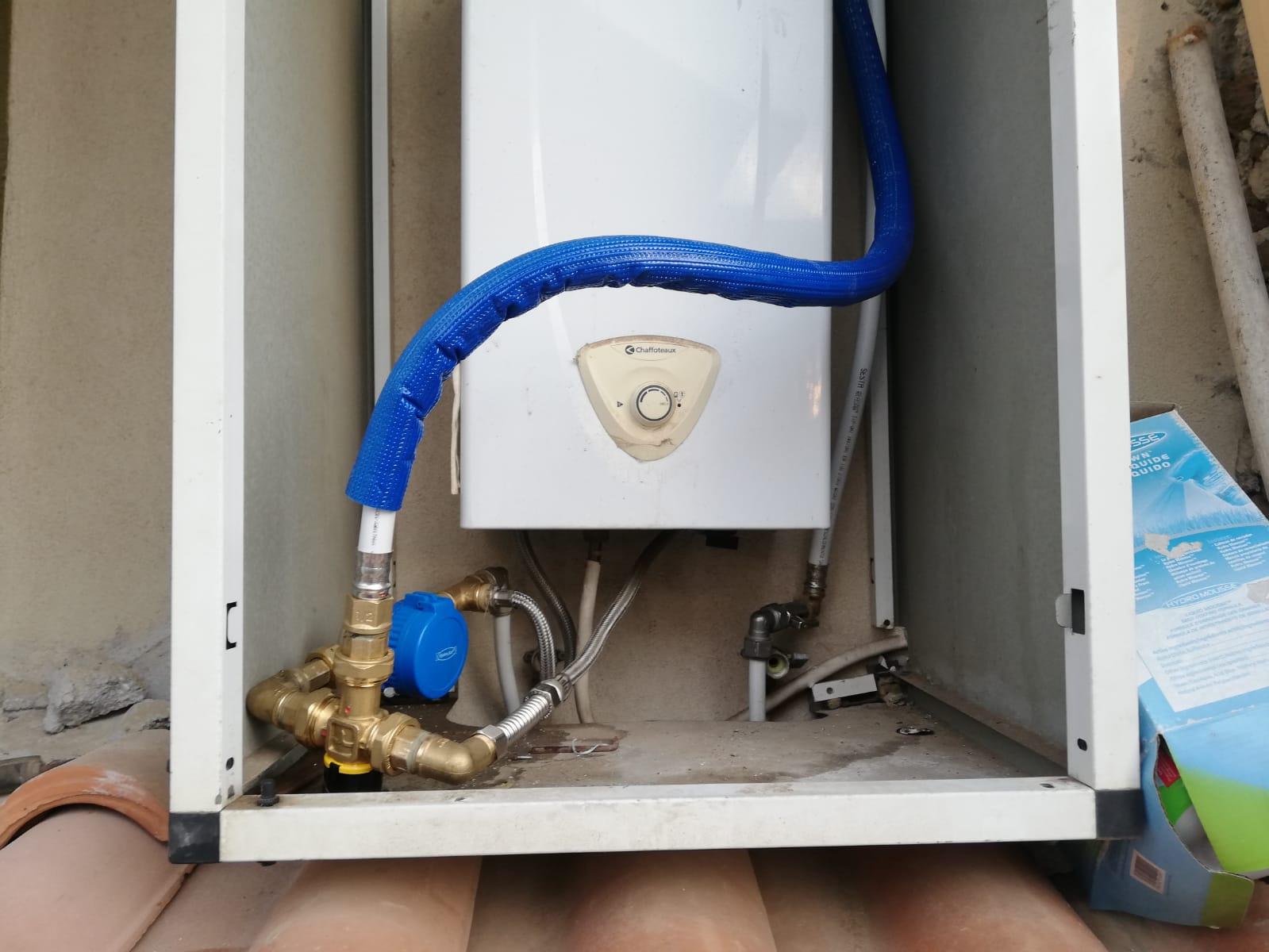 Connessione solare termico a caldaia acqua