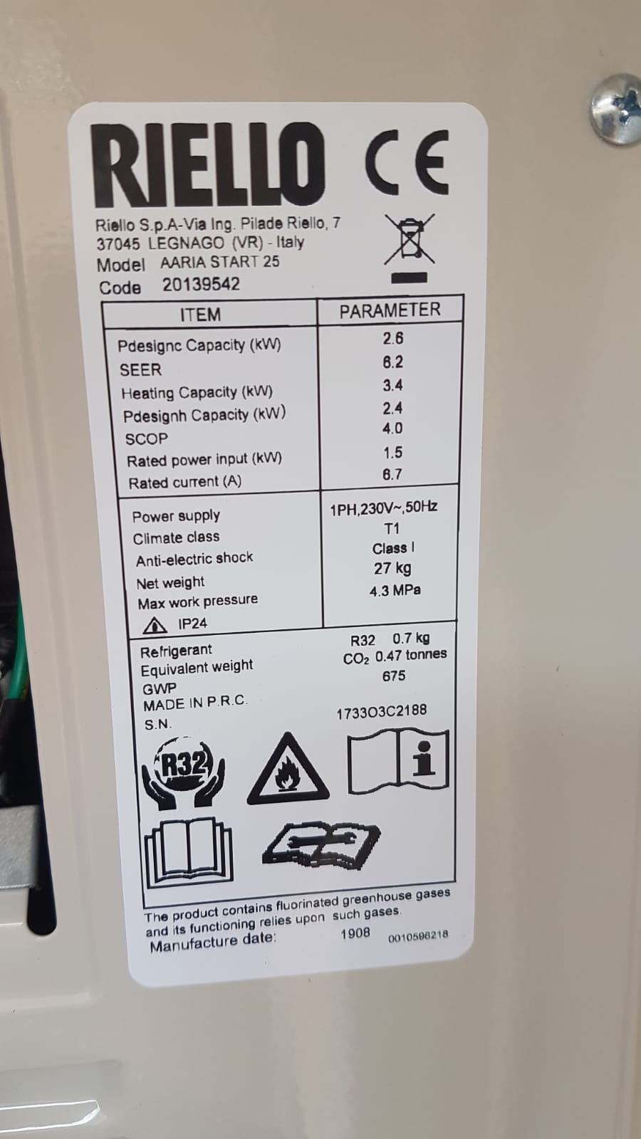 Etichetta caratteristiche tecniche Climatizzatori RIELLO Installati