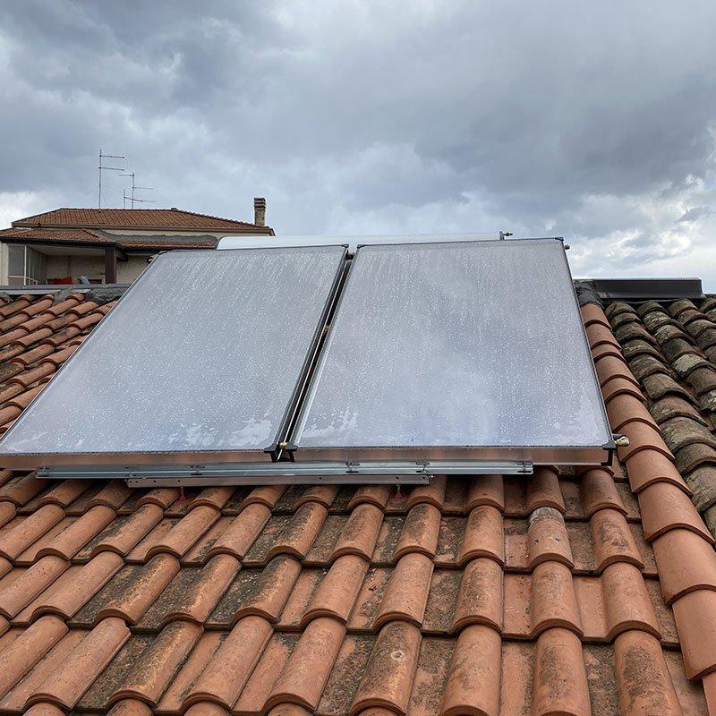 Solare termico con soli 2 pannelli e boiler da 291lt