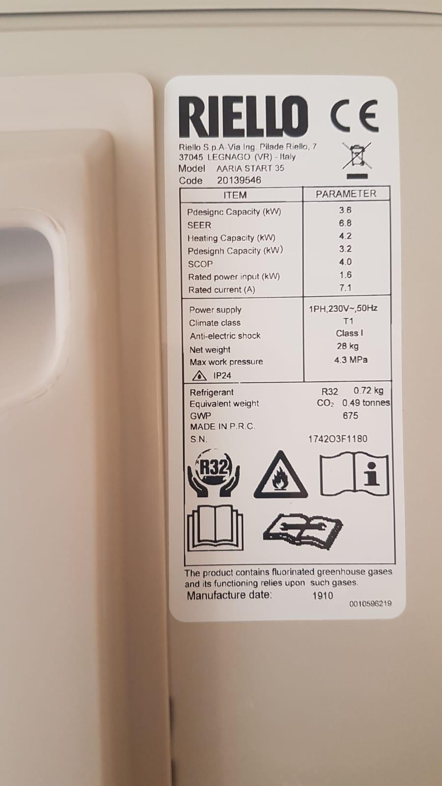 etichetta di caratteristiche tecniche climatizzatori