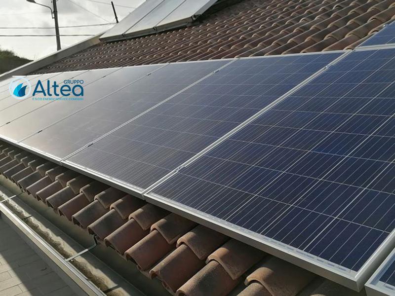 Fotovoltaico a tetto tegolato