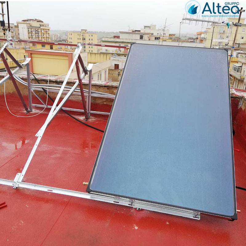 primo montaggio 1 pannello impianto solare termico
